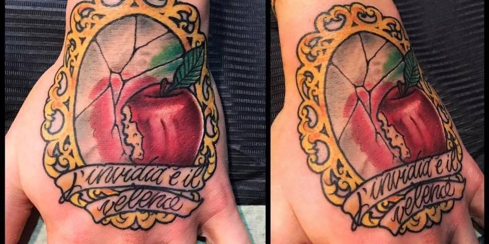 Corelli-Ligera-ink-tattoo-milano-tatuaggi-milano-veleno2