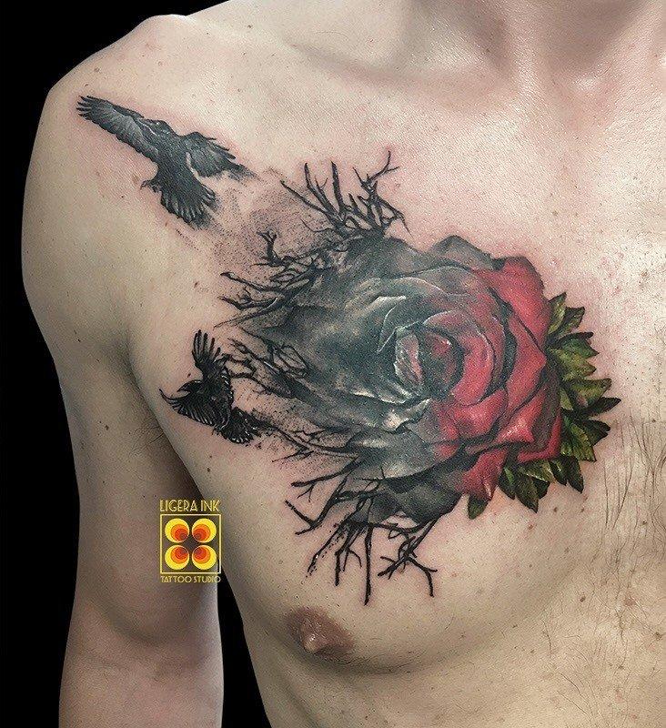 Ligera-ink-tattoo-milano-tatuaggi-milano-tatuatori-milano-migliori-tatuatori-milano-tatuaggio-rosa-tatuaggi-rose-corvi-studio-tatuaggi-milano-tattoo-studio-milano