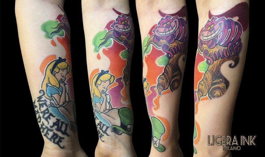 Ligera-Ink-Tattoo-Milano-Tattoo-cartoon-Tatuaggi-cartoni-animati-tattoo-cartoon-tatuaggi-disney-tatuaggio-alice-nel-paese-delle-meraviglie-migliori tatuatori milano tatuaggio stregatto tatuaggio alice nel paese delle meraviglie