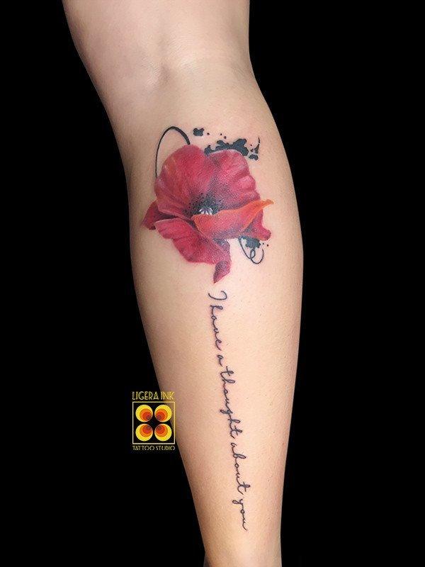 Ligera-ink-tattoo-milano-tatuaggi-milano-migliori-tatuatori-milano-tatuaggio-papavero-tattoo-papavero-realistico