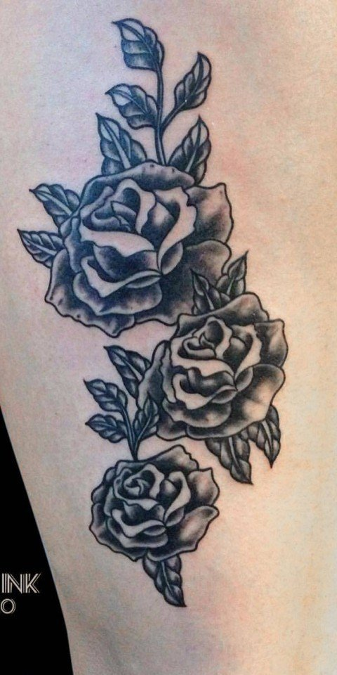 Phil-Black-Tattoo-rose-Dice_Ligera-Ink-tattoo-milano-tatuaggio-TATUAGGI-fiori
