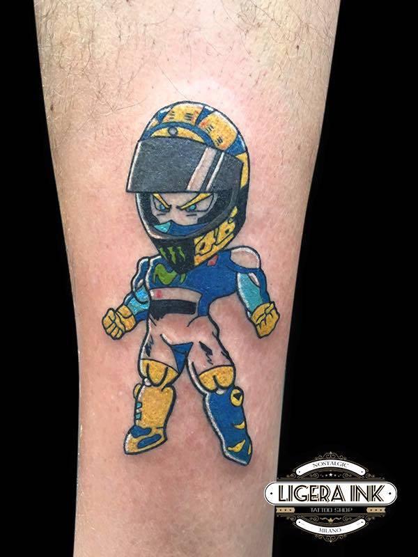 Rocking-Silvia-Tattoo-ValentinoRossi-Ligera-Ink-Studio-Tattoo-Milano-tatuaggiotatuaggio-new-school- tattoo-new-school-tatuaggi-colorati tattoo colorati