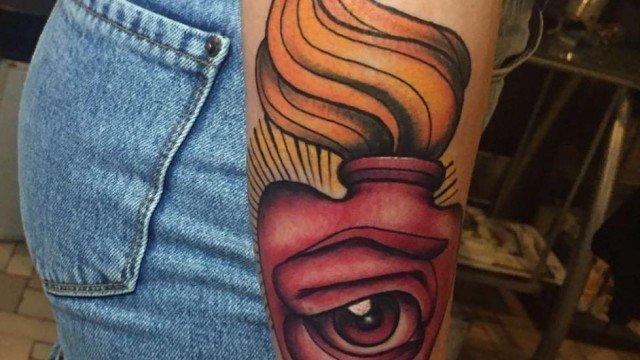 Stefano-Bonura-Tatto-Cuore-con-occhio-Ligera-Ink-Studio-Tattoo-Milano-tatuaggiotradizionale-New-traditional-tattoo-tatuaggio-cuore