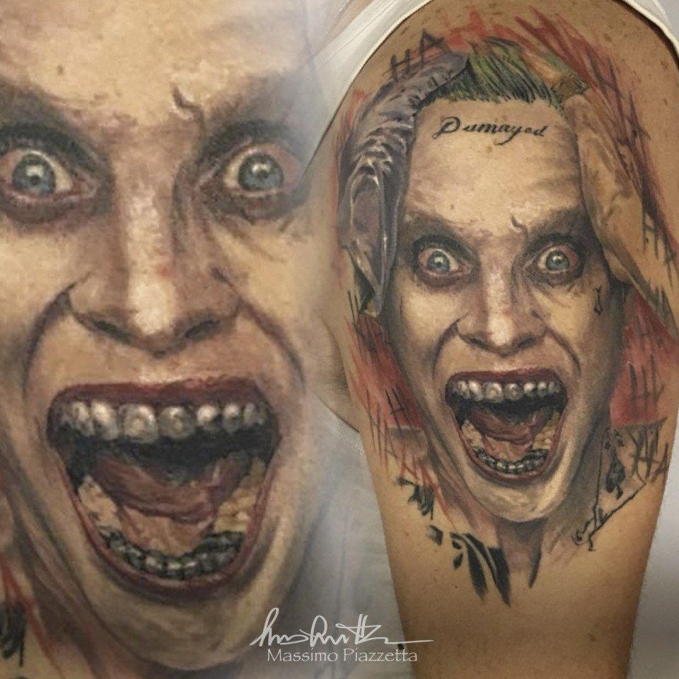 Massimo Piazzetta tatuaggio Joker Tattoo-joker leto-Ligera-Ink-Studio-Tattoo-Milano-tatuaggi Milano tatuaggio realistico realistic tattoo milano Tatuaggi Realistici Milano