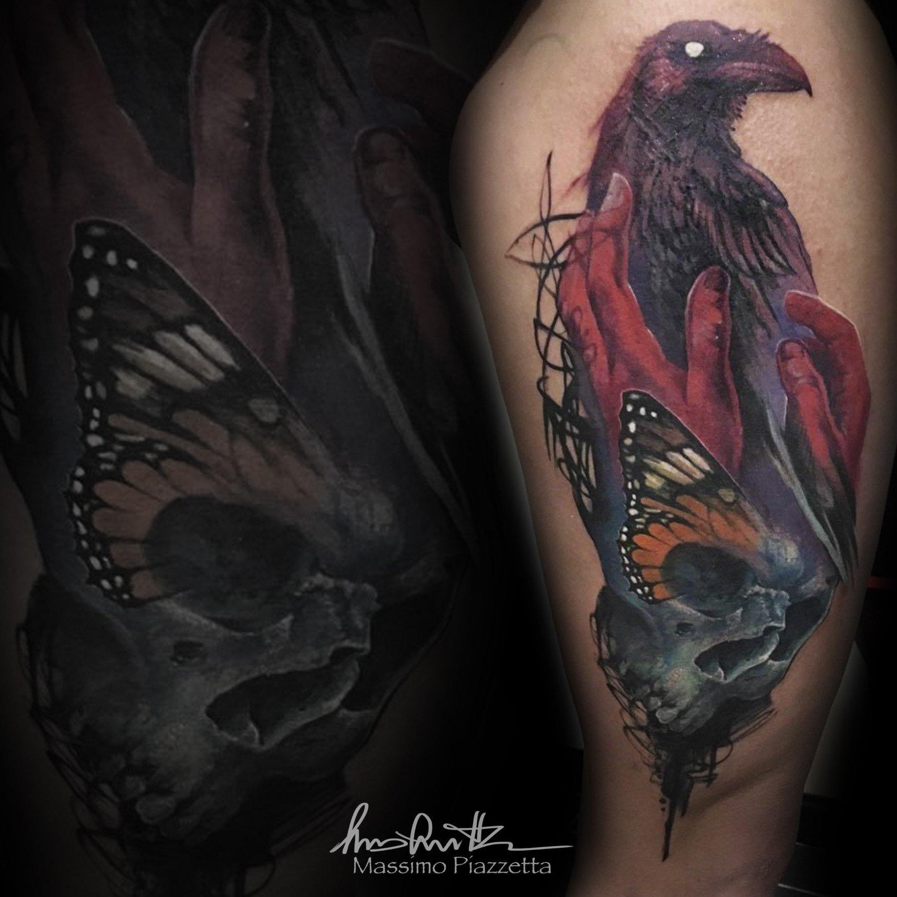 Massimo-PIazzetta-Tattoo-teschio-mani-corvo-Ligera-Ink-Studio-Tattoo-Milano-tatuaggi-Milano-realistico-realistic-tattoo-milano-Tatuaggi-Realistici-Milano