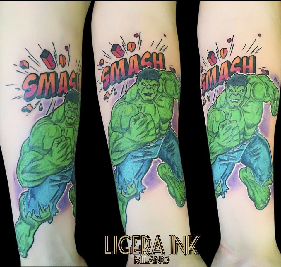 Ligera-ink-Tattoo-Milano-Rocking-Silvia-Tattoo-cartoon-Tatuaggi-cartoni-animati-milano-tattoo-studio-milano-migliori-tatuatori-milano-tatuaggi-milano-tattoo-tatuatori-tatuaggio-hulk-tattoo-hulk-tatuaggio-marvel-tattoo-marvel
