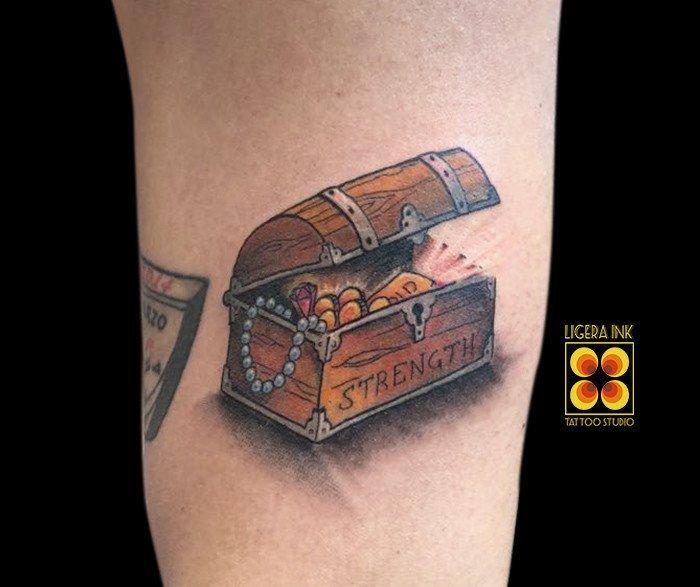 Ligera-ink-tattoo-milano-tatuaggi-milano-migliori-tatuatori-milano-miglior-tatuatore-milano-tatuaggio-cartoon-tatuaggio-tesoro