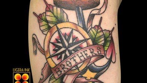 Ligera-ink-tattoo-milano-tatuaggi-milano-migliori-tatuatori-milano-miglior-tatuatore-milano-tatuaggio-old-school-milano-tatuaggio-tradizionale-old-school-tatuaggio-bussola-tatuaggio-ancora