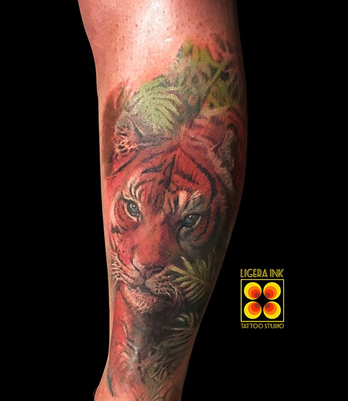 Ligera-ink-tattooa-milano-tatuaggi-milano-tatuatori-milano-tatuaggio-tigre-realistica-tattoo-tigre-realistica