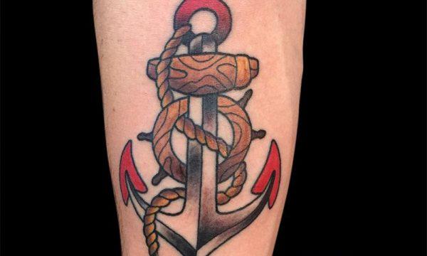 Tatuaggio-ancora-old-school-tattoo-ancora-old-school-ligera-ink-tattoo-studio-milano-tatuaggi-milano-tatuatori-milano-migliore