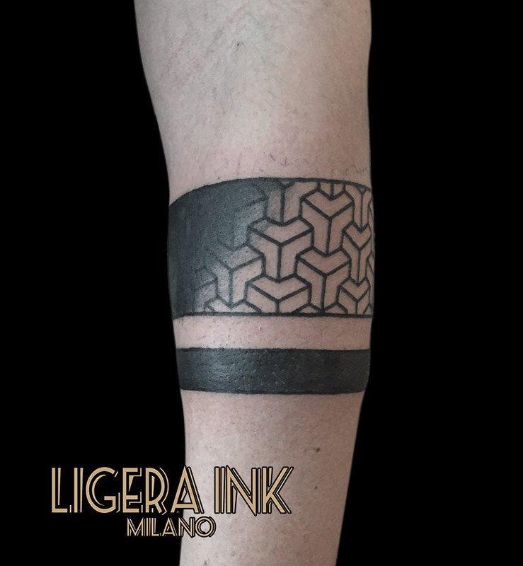 abbastanza Tatuaggio fasce nere immagini e significato- Ligera Ink Tattoo Studio BF94