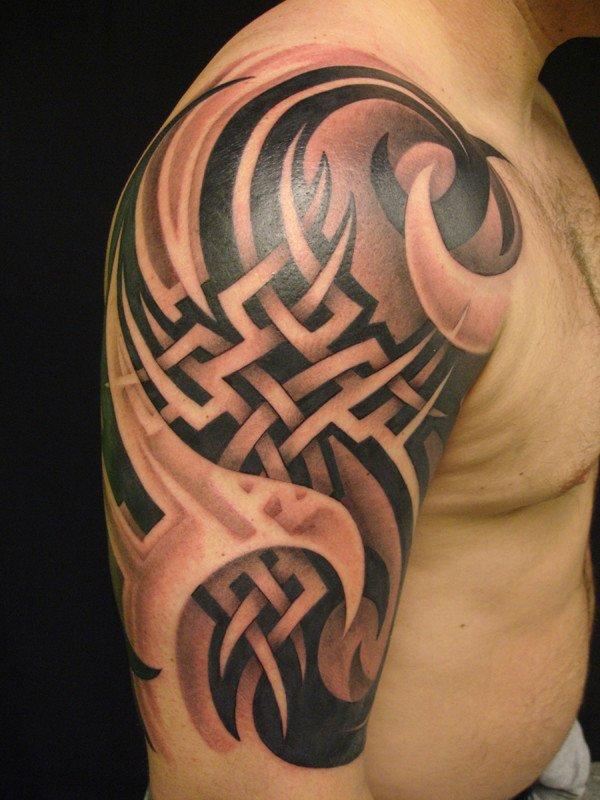 Tatuaggio-tribale-tattoo-tribale-tattoo-milano-tatuaggi-milano-studio-tattoo-milano-studio-tatuaggi-milano