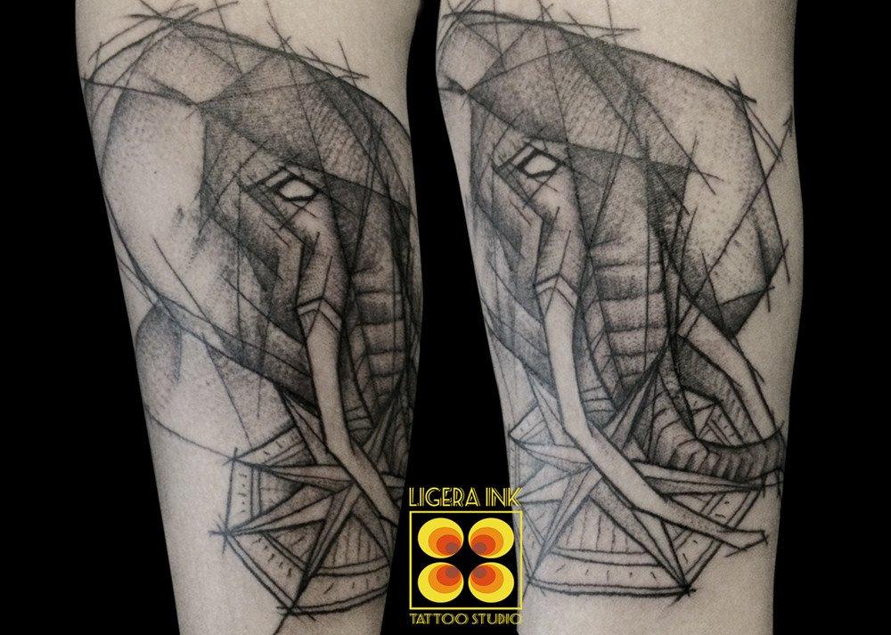 LIGERA INK tattoo milano tatuaggio elefante tattoo elefante tatuatori milano migliori studio tatuaggi milano tattoo studio milano tatuaggi blackwork milano tattoo blackwork
