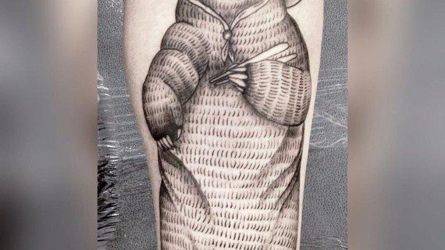 Assazina-Ligera-Ink-Tattoo-Milano-Tatuaggi-milano-blackwork-tatuatori-milano-bravi-studio-tatuaggi-milano-studio-tattoo-milano-blackwork-tattoo-tatuaggi-blackwork-tatuaggio-orso