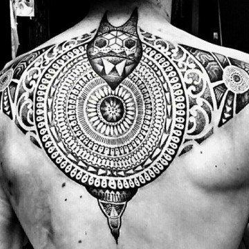 Tatuaggio maori manta