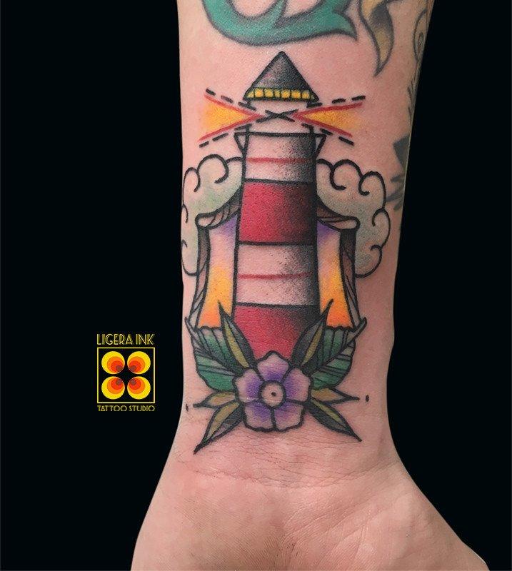 Ligera-ink-tattoo-milano-tatuaggi-milano-migliori-tatuatori-milano-tatuaggi-old-school-milano-tattoo-tradizionali-milano-tatuaggio-faro-tradizionale