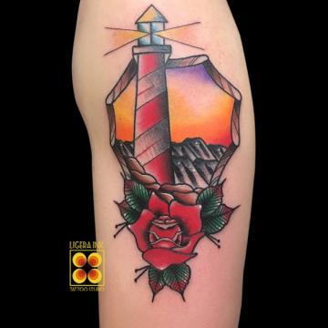 Ligera-ink-tattoo-milano-tatuaggi-milano-migliori-tatuatori-milano-tatuaggi-tradizionali-milano-tattoo-tradizionali-milano-tatuaggio-faro-tattoo-faro-milano