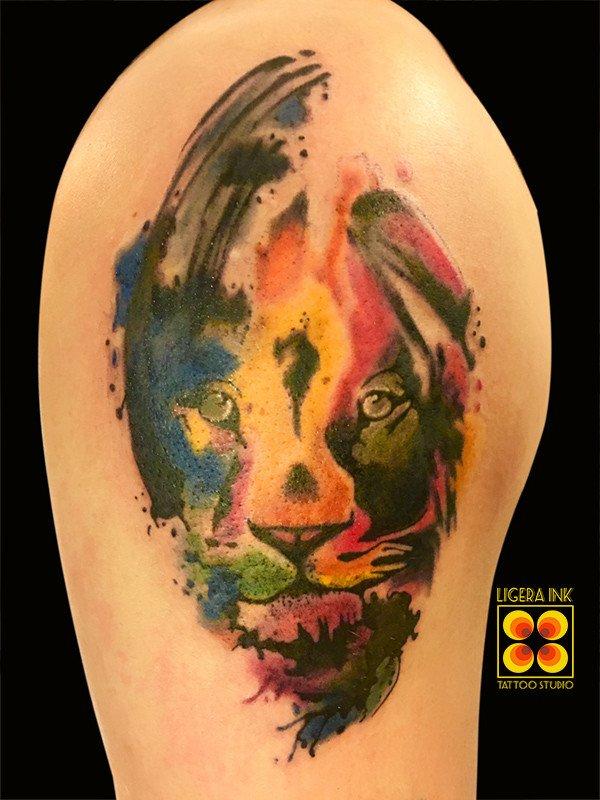 Ligera-Ink-Tattoo-Milano-tatuaggi-milano-tatuatori-migliori-di-Milano-tatuaggio-leone-watercolor-tattoo-leone-watercolor
