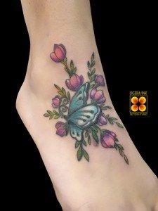 Ligera-ink-tattoo-milano-tatuaggi-milano-migliori-tatuatori-milano-miglior-tatuatore-milano-tatuaggio-piede-tatuaggio-farfalla-tattoo-farfalla-tattoo-cover-up