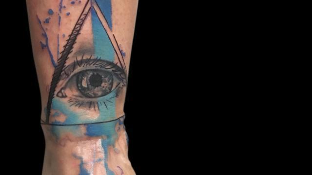 Ligera-ink-tattoo-milano-tatuaggi-milano-migliori-tatuatori-milano-tatuaggi-watercolor-milano-tatuatore-watercolor-milano-tatuaggi-acquerello-tatuaggio-occhio-watercolor
