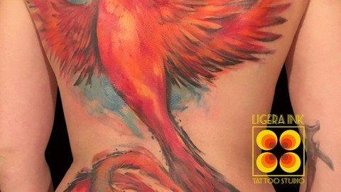 Ligera-ink-tattoo-milano-tatuaggi-milano-migliori-tatuatori-milano-tatuaggio-fenice-watercolor-tattoo-fenice-acquerello