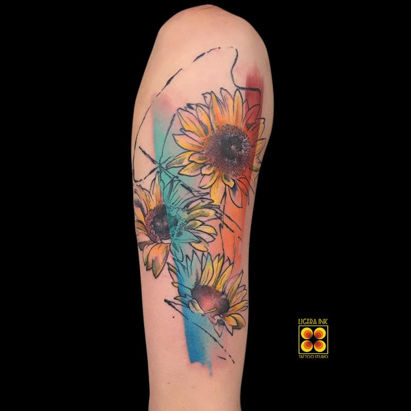 Ligera-ink-tattoo-milano-tatuaggi-milano-migliori-tatuatori-milano-tatuaggio-watercolor-milano-tattoo-watercolor-milano-tatuaggi-girasoli