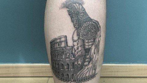 tatuaggi-blackwork-milano-tatuaggi-milano-tattoo-milano-miglior-tatuatore-milano-tatuatori-milano-tatuaggio-antico-romano-tattoo-milano-tatuatori-blackwork