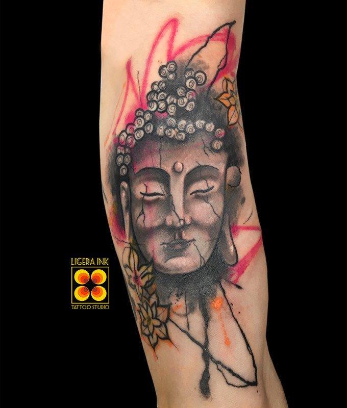 Ligera-ink-tattoo-milano-tatuaggi-milano-migliori-tatuatori-milano-tatuaggi-watercolor-milano-tatuaggio-budda-watercolor-tatuaggi-religiosi-tatuaggio-budda