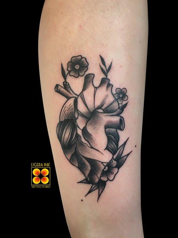 Ligera-Ink-tattoo-milano-tatuaggi-milano-migliori-tatuatori-milano-miglior-tatuatore-milano-tatuaggio-old-school-tatuaggio-tradizionale-tatuaggio-cuore-tattoo-cuore