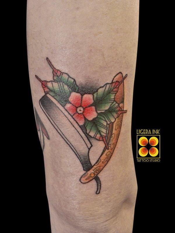 Ligera-ink-tattoo-milano-tatuaggi-milano-miglior-tatuatore-milano-migliori-tatuatori-milano-tatuaggio-old-school-tatuaggio-tradizionale-tattuaggio-rasoio