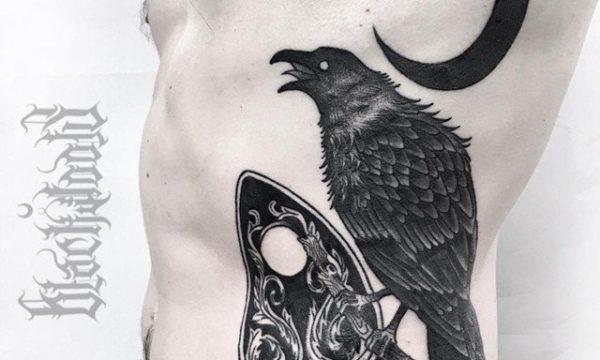 Ligera-ink-tattoo-milano-tatuaggi-milano-tatuatori-milano-tatuaggio-corvo-blackwork-tattoo-corvo-blackwork