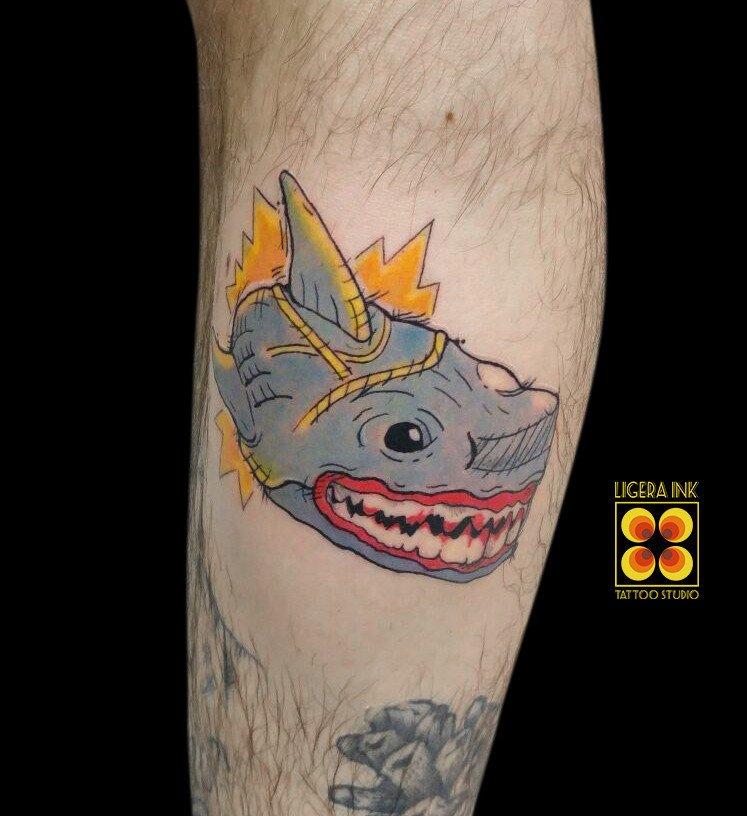 Ligera-ink-tattoo-milano-tatuaggio-squalo