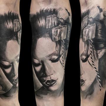 Ligera-ink-tattoo-milano-tatuaggi-milano-migliori-tatuatori-milano-tatuaggio-realistico-milano-tattoo-realistici-milano-tatuaggio-geisha-tattoo-geisha