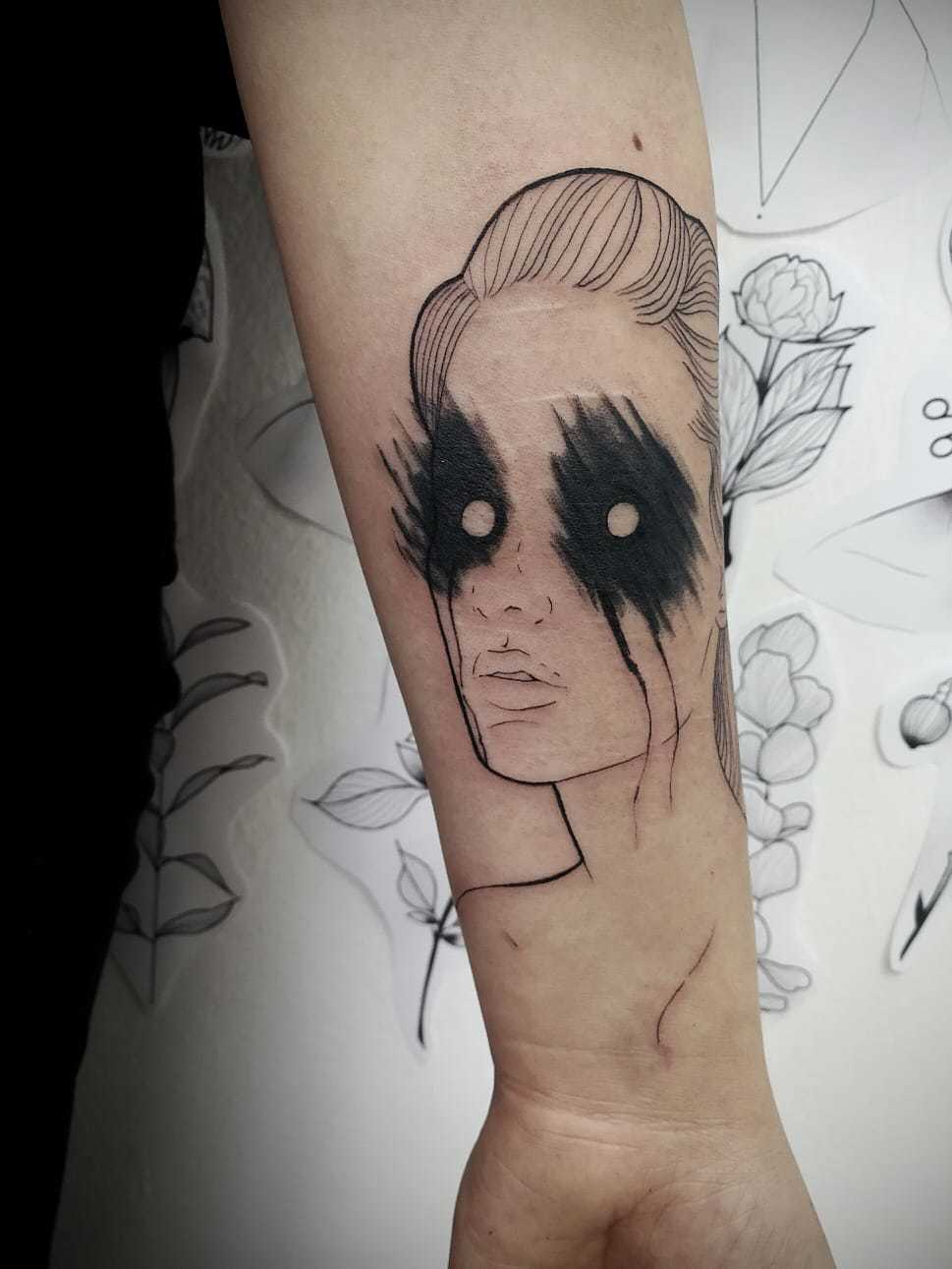 Ligera-ink-tattoo-milano-tatuaggi-milano-migliori-tatuatori-milano-tatuaggi-blackwork-milano-tattoo-blackwork-milano-tattoo-avangarde-4