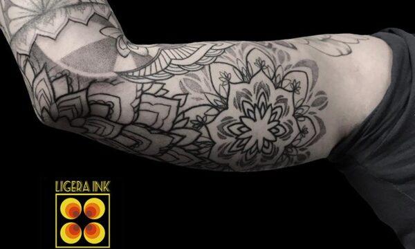 A-Vale-Ligera-ink-tattoo-milano-tatuaggi-milano-migliori-tatuatori-milano-tattoo-blackwork-milanotattoo-mandala-tatuaggio-mandala-tattoo-ornamentale-tatuaggio-ornamentale (3)