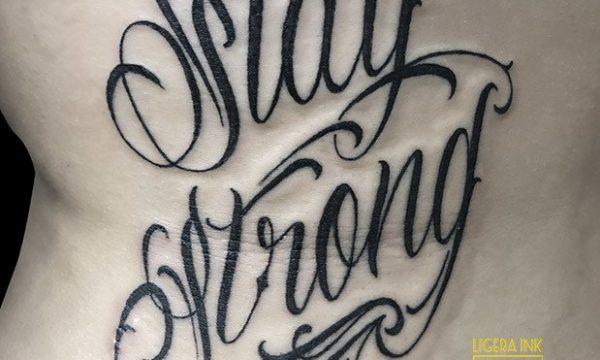 Ligera-ink-tattoo-milano-tatuaggi-milano-migliori-tatuatori-milano-tatuaggi-scritte-tattoo-scritte-tatuaggi-nomi-tattoo-lettering-milano-tattoo-stay-strong