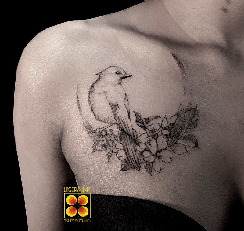 Ligera-ink-tattoo-milano-tatuaggi-milano-migliori-tatuatori-milano-tatuaggio-blackwork-milano-tattoo-blackwork-milano-tatuaggi-fine-line-milano
