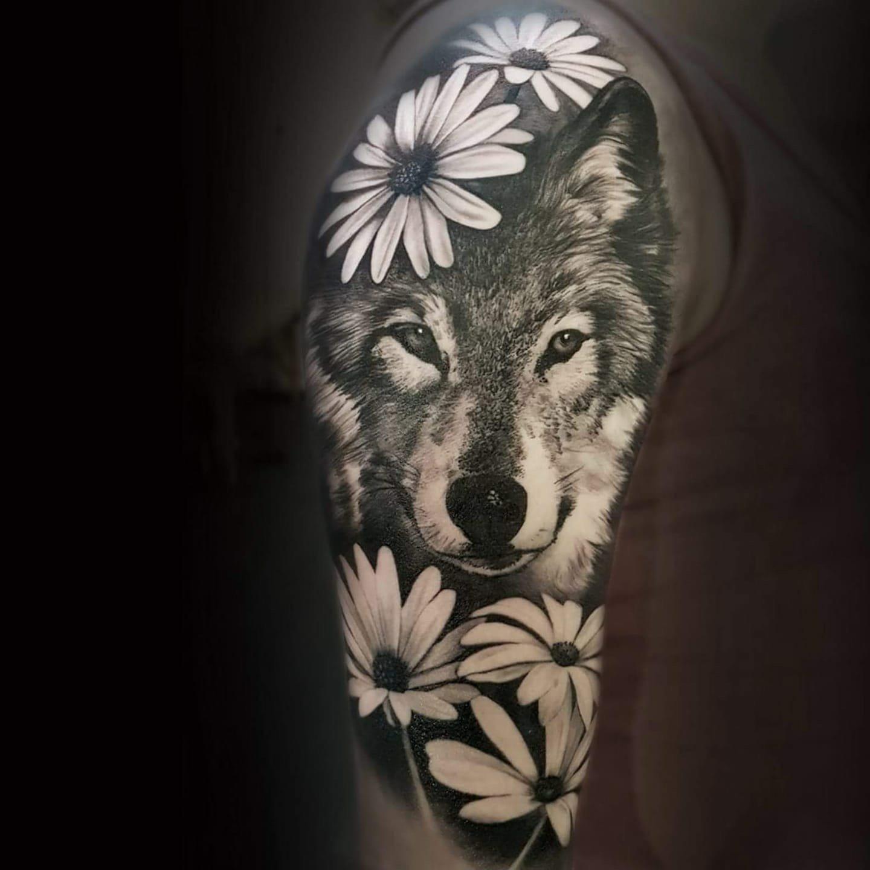 Ligera-ink-tattoo-milano-tatuaggi-milano-migliori-tatuatori-milano-tatuaggi-realistici-milano-tattoo-tatuaggi-realistici-milano-tattoo-realistico-milano-tatuaggio-lupo-realistico