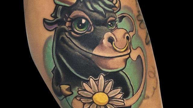 Ligera-ink-tattoo-milano-tatuaggi-milano-migliori-tatuatori-milano-tatuaggi-newschool-milano-tatuaggio-mucca