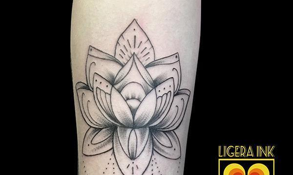 Ligera-ink-tattoo-milano-tatuaggi-milano-migliori-tatuatori-milano-tatuaggio-mandala-milano-tattoo-tr