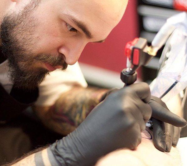 Ligera-ink-tattoo-milano-tatuaggi-milano-tatuatori-milano-tatuaggi-neo-traditional-milano-tattoo-cartoon-milano9