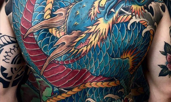 Ligera-ink-tattoo-milano-tatuaggi-milano-tatuatori-milano-tatuaggi-giapponesi-milano-tattoo-giapponesi-milano-tatuaggio-drago-tattoo-schiena-horimono04