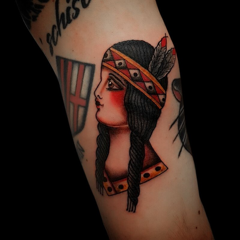 Ligera-ink-tattoo-milano-tatuaggi-milano-miglior-tatuatore-milano-tatuaggi-tradizionali-tatuaggi-old-school-tatuaggio-indiana