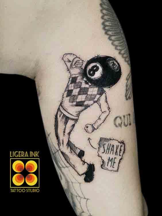 Ligera-ink-tattoo-milano-tatuaggi-milano-migliori-tatuatori-milano-tattoo-blackwork-milano-tatuaggi-blackwork-milano-tatuaggio-shakeit