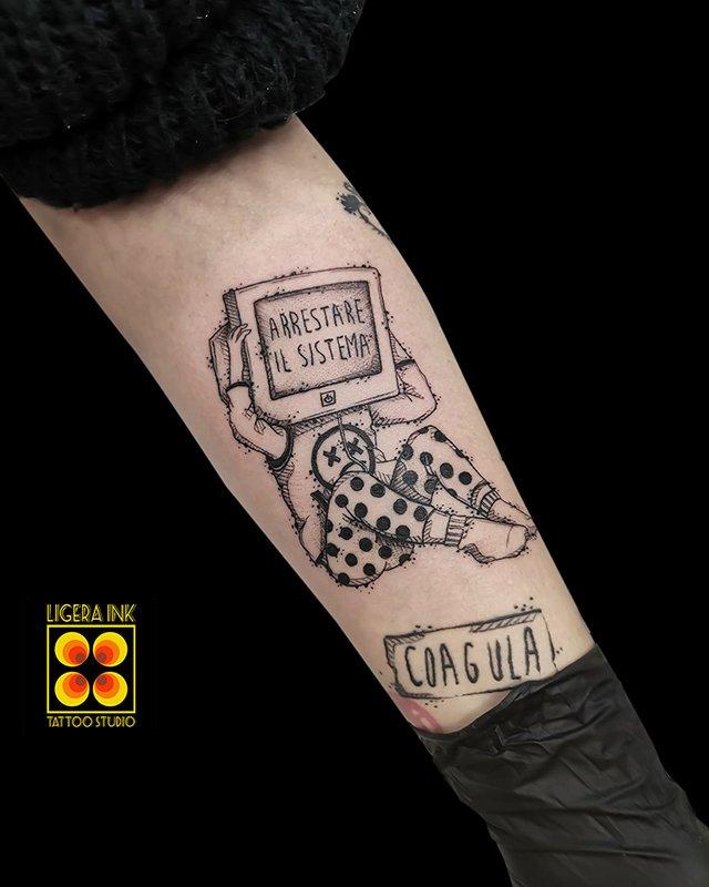 Ligera-ink-tattoo-milano-tatuaggi-milano-migliori-tatuatori-milano-tattoo-blackwork-milano-tatuaggi-blackwork-milano-tatuaggio-stop-balckwork-milano