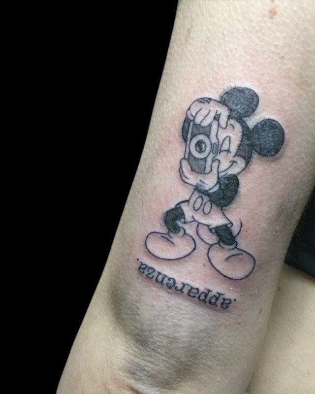 Ligera-ink-tattoo-milano-tatuaggi-milano-migliori-tatuatori-milano-tatuaggi-cartoon-tattoo-cartoon-tatuaggi-new-school-milano-tattoo-new-school-milano-tatuaggio-new-school12