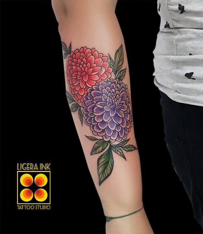 Ligera-ink-tattoo-milano-tatuaggi-milano-migliori-tatuatori-milano-tatuaggio-tradizionale-milano-tattoo-tradizionale-milano-tatuaggio-fiori-tradizionali