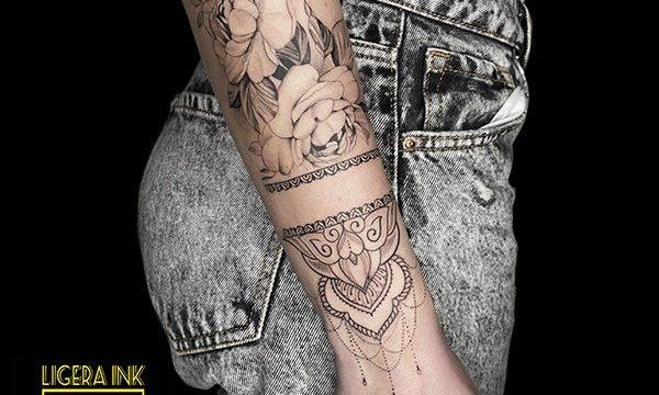 Ligera-ink-tattoo-milano-tatuaggi-milano-migliori-tatuatori-milano-tattoo-blackwork-milano-tatuaggi-blackwork-milano-tatuaggio-mandala-balckwork-milano