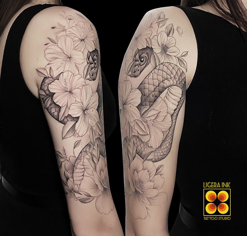 Ligera-ink-tattoo-milano-tatuaggi-milano-migliori-tatuatori-milano-tattoo-blackwork-milano-tatuaggi-blackwork-milano-tatuaggio-mandala-balckwork-milano-tatuaggio-serpente