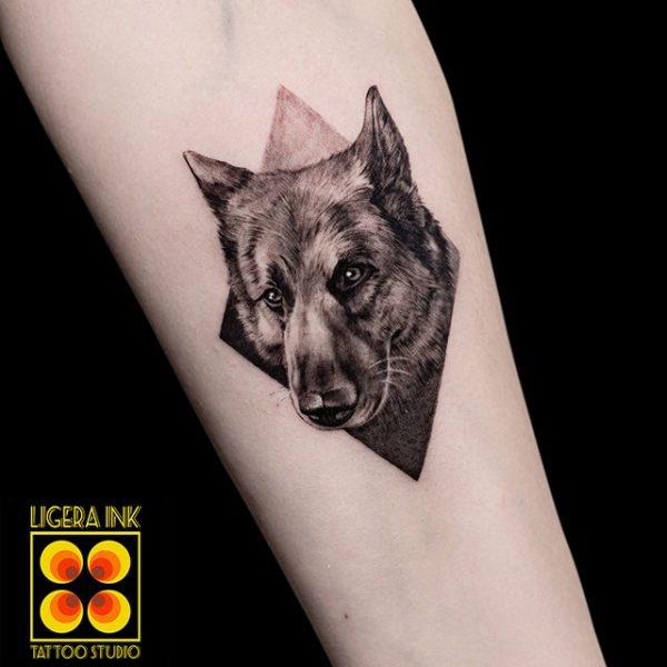 Ligera-ink-tattoo-milano-tatuaggi-milano-migliori-tatuatori-milano-tatuaggi-realistici-milano-tattoo-realistici-milano-tatuaggio-relialistico-tatuaggio-cane
